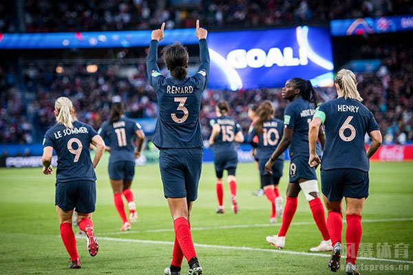 女足世界杯首球是法国队勒索默打进