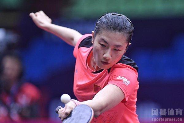 丁宁是中国非常出色的乒乓球运动员