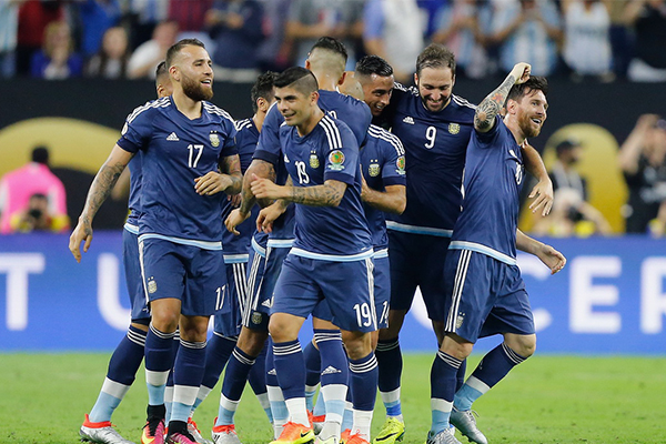 <b>美洲杯阿根廷表现怎么样?美洲杯阿根廷有几座冠军?</b>