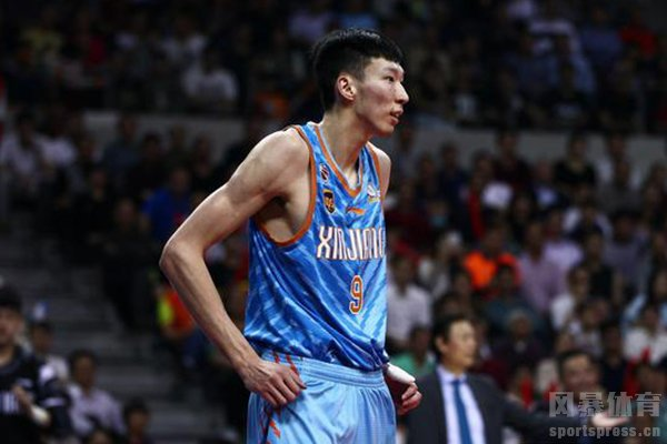 周琦签约新疆男篮增强了新疆男篮的实力
