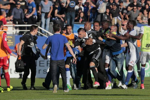 足球流氓是什么意思?足球流氓的危害有多大?