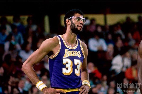 NBA中锋一般个子都很高