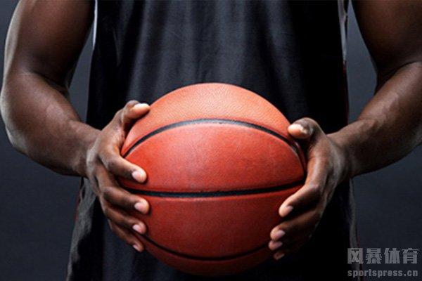 掌握好篮球的基本功需要刻苦的练习