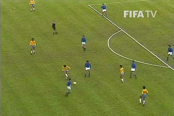 看过一眼就不会忘的超级世界波!来自1978世界杯巴西内林霍