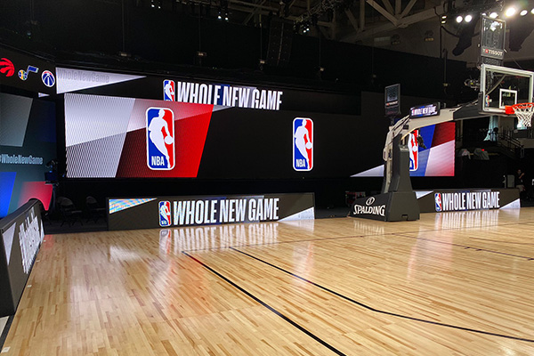 篮球场地标准尺寸是多少?篮球场地需要什么设备?