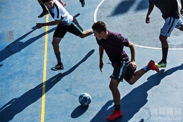 街头足球深受球迷喜爱