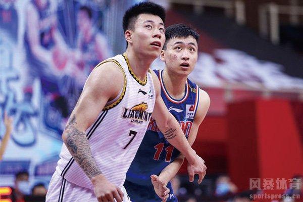 齐麟和张镇麟在比赛中直接对位