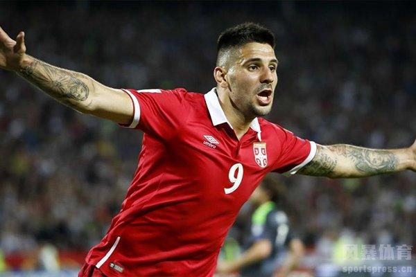 塞尔维亚的足球风格偏防守和反击