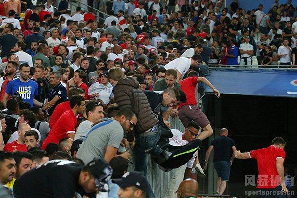 球迷冲突最严重的就是海赛尔事件