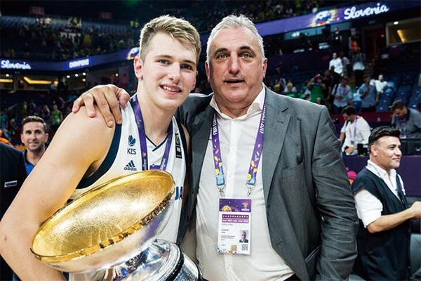<b>东契奇父亲是谁?东契奇父亲是篮球运动员吗?</b>