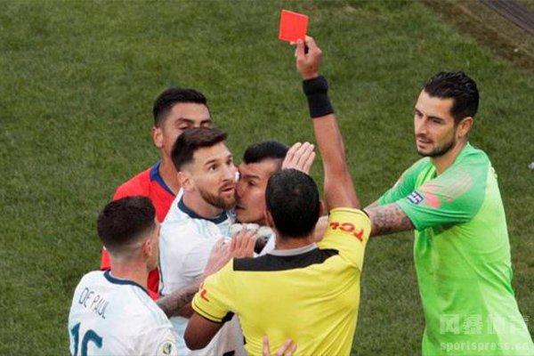 梅西本身的踢球方式就不会得到红黄牌