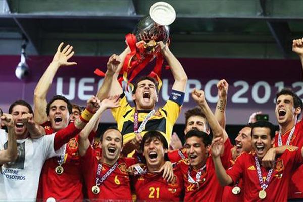 <b>2012欧洲杯决赛回顾 西班牙4-0击败意大利</b>