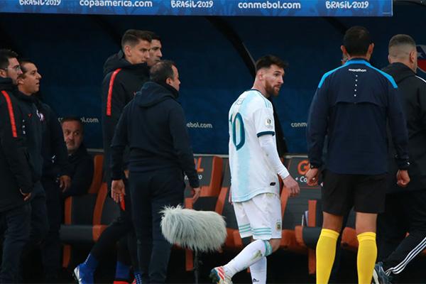 无论如何,梅西仍然是足坛不变的球王