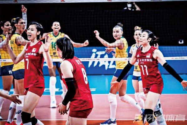 中国女排拿下比赛胜利