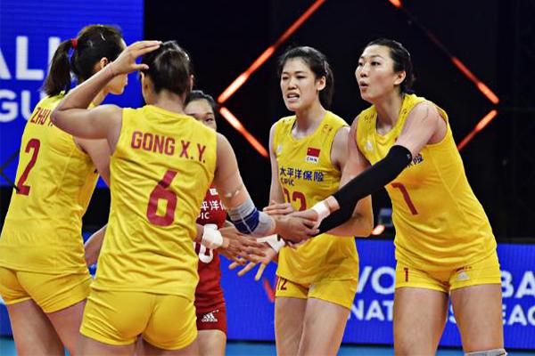 中国女排3-0完胜荷兰女排!六大主力全员出场助女排拿下两连胜