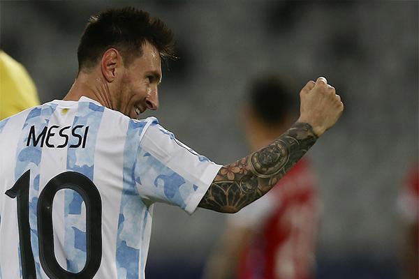 阿根廷1-1战平智利 梅西任意球破门 盘点全场比赛精彩集锦