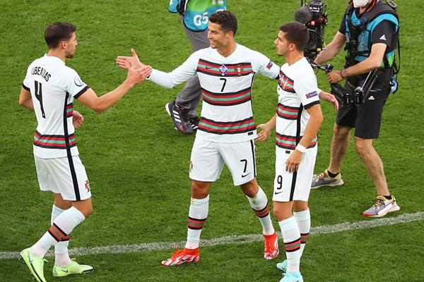 欧洲杯葡萄牙VS德国比赛分析 葡萄牙和德国谁厉害?