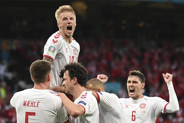 <b>丹麦4-1击败俄罗斯 丹麦背水一战奇迹逆袭晋级</b>