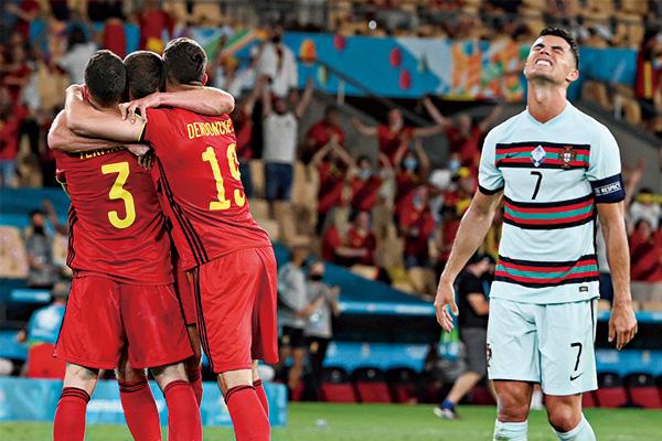 比利时1-0葡萄牙晋级八强!小阿扎尔献世界波技惊四座