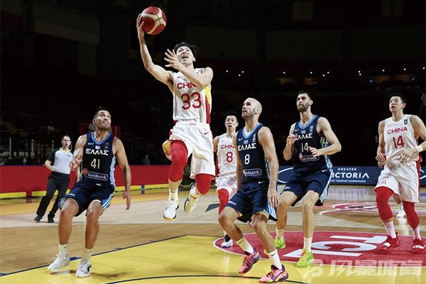 中国男篮输给希腊遭遇两连败