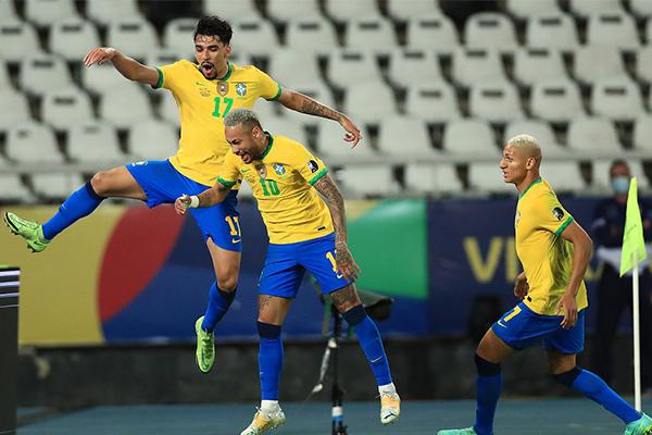 美洲杯巴西1-0秘鲁 内马尔奉献神级助攻