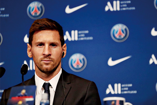 梅西正式亮相大巴黎!梅西巴黎发布会表态要拿欧冠奖杯