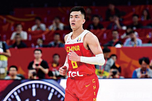 郭艾伦退出中国男篮