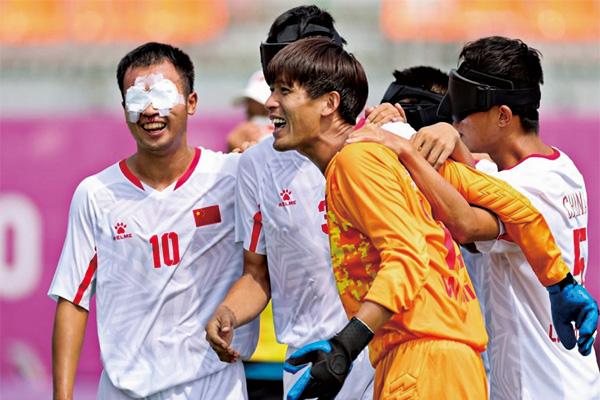 中国残奥代表团单日再拿8金!